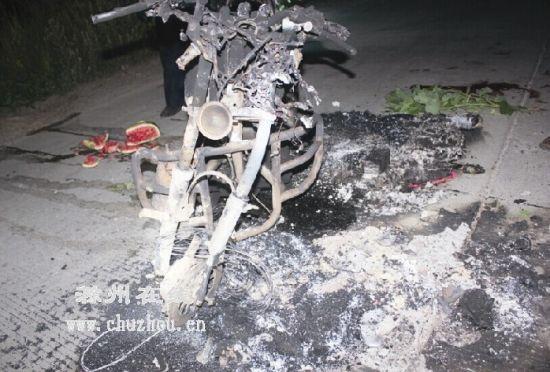 男士摩托车仪表盘接线图