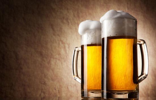 啤酒是一种酒精性饮料