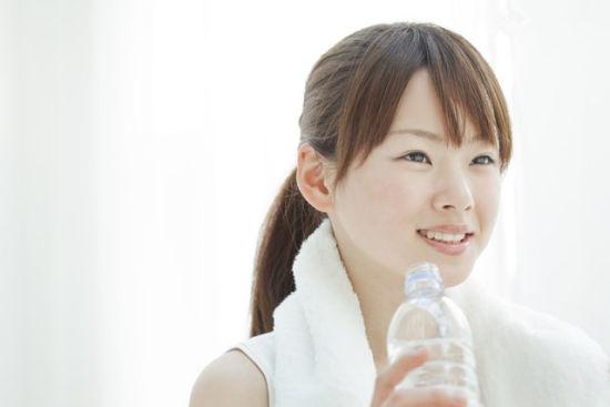 最简单的喝水减肥方法你学了?减肥山楂可以普洱茶吗图片