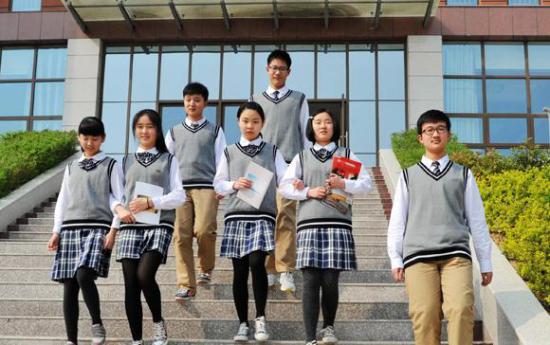 票选出的河南省实验中学校服-盘点2015 最美校服 评选三大关键词