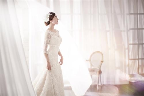 山东 青岛婚纱摄影工作室前十名排行,工作室婚纱照图片