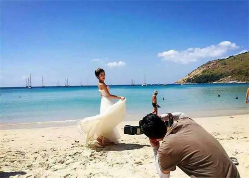 佳能单反排行:青岛婚纱摄影哪家好外景