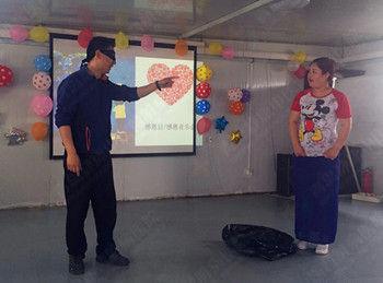 向白衣天使致敬 青岛静康肾病医院庆祝国际护士节