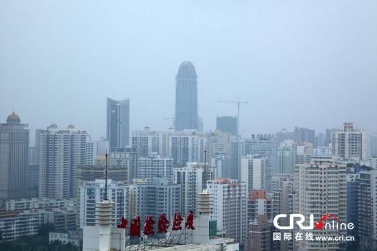 海南第一高楼外形酷似生殖器引市民吐槽