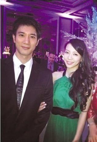 吴建豪与妻办婚礼 王力宏妻子李靓蕾亮相