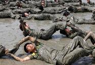 中韩学生军训对比