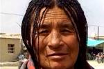 藏族大妈撞脸毕福剑